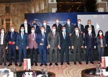 İzmir'de Ar-Ge İnovasyon Sanayi ve Teknoloji Fuarı Açılışı Gerçekleşti